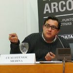 """Entrevista a el curador Cuauhtémoc Medina """"El peor lugar para ver arte, es una feria de arte"""""""