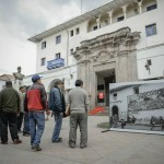 Intervención urbana con fotografías de Martín Chambi en el Cusco