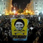 Miles marcharon contra Keiko Fujimori en Lima