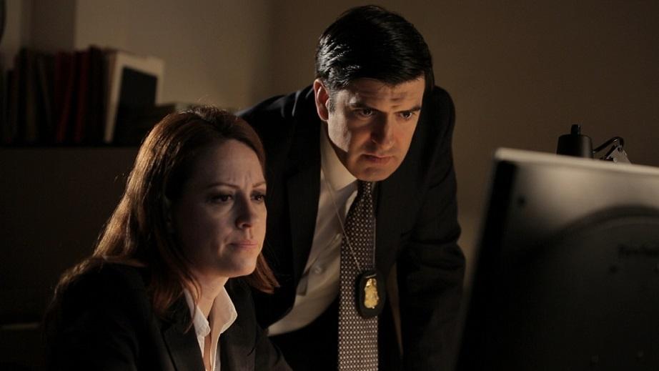 FBI Agents track the social media accounts of Elton Simpson and Nadir Soofi.