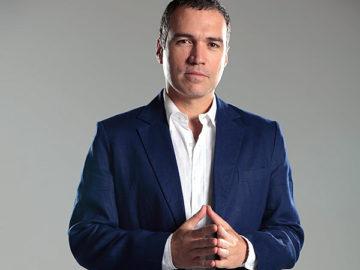 Ministro de Cultura Salvador del Solar.